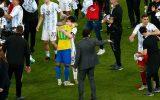 Neymar hylder Messi: Da jeg tabte, krammede jeg den bedste spiller i historien
